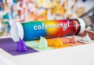Farbige Acryl Tropfen vor Abby Coloracryl Kartusche